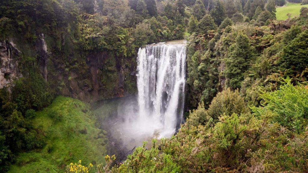 Etapa 2 por NZ entre Hamilton y Taumarunui: Omaru Falls