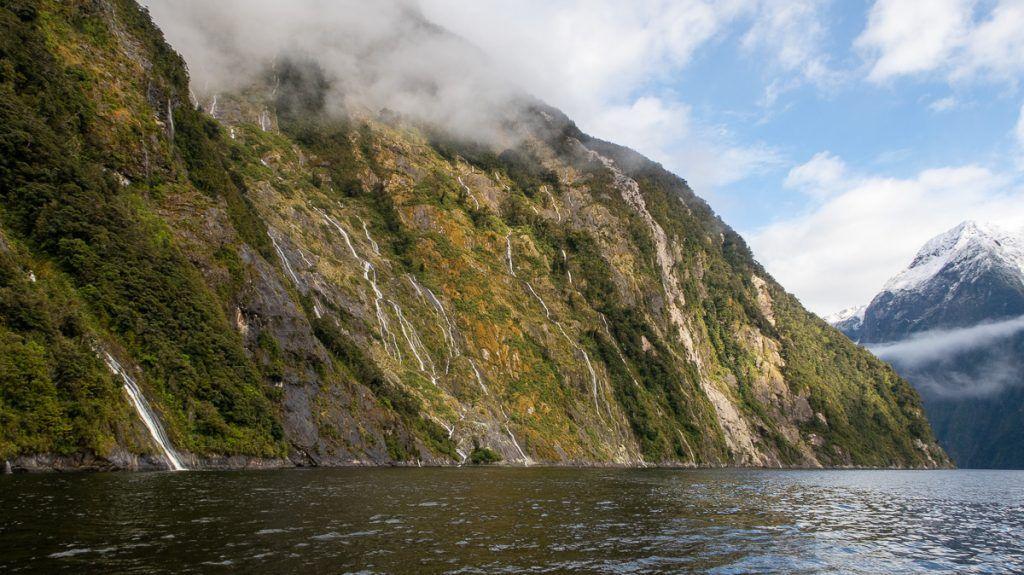 Los paisajes en Milford Sound son impresionantes