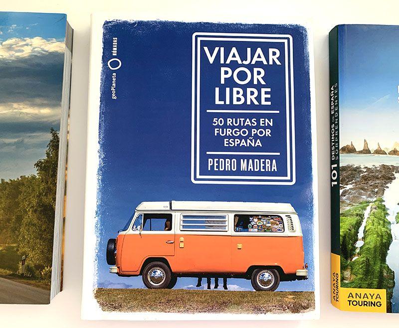 Los mejores libros para preparar viajes en coche: 50 rutas en furgo por España