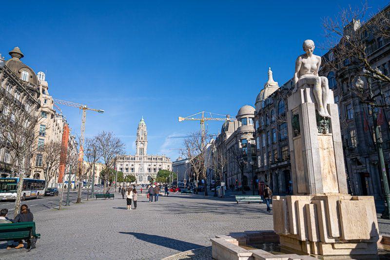 Qué ver en Oporto: Avenida de los Aliados