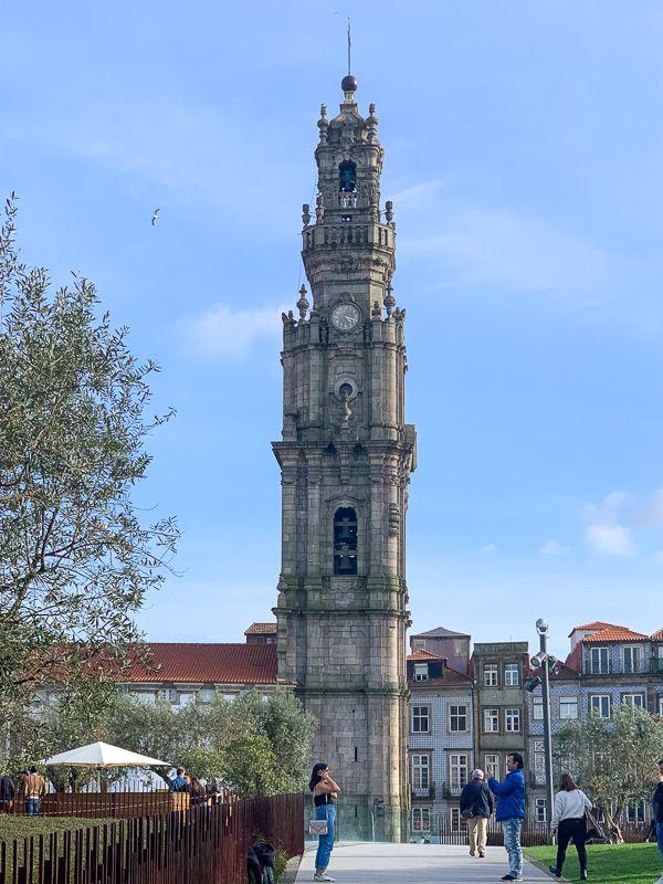 Qué ver en Oporto: torre dos Clérigos