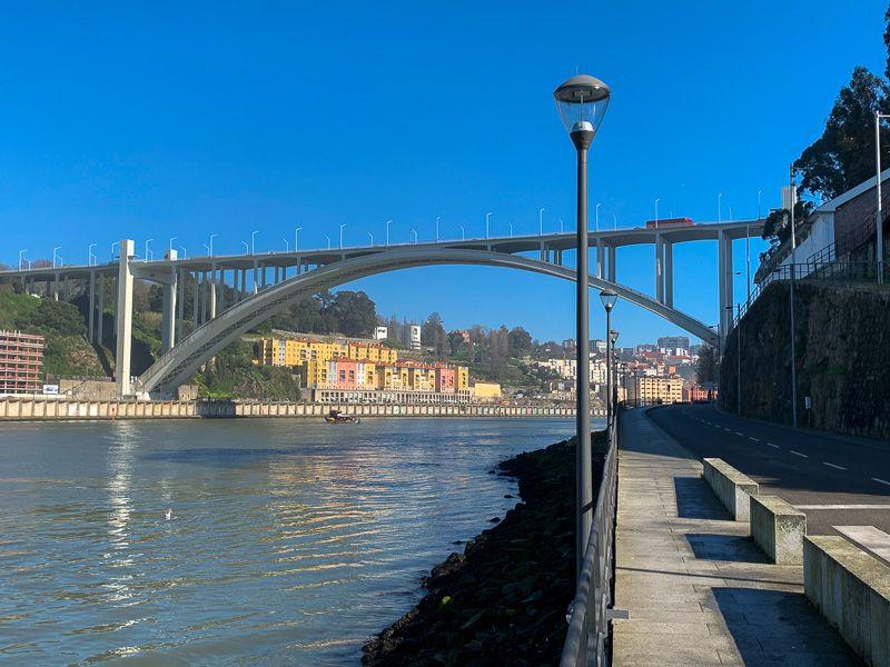 Qué ver en Oporto: Ponte da Arrábida - Porto Bridge Climb