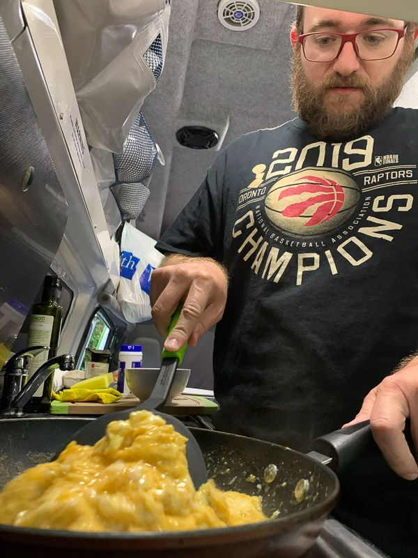 Etapa 14 por NZ de Christchurch a Kaikoura: cena en Puhi Puhi