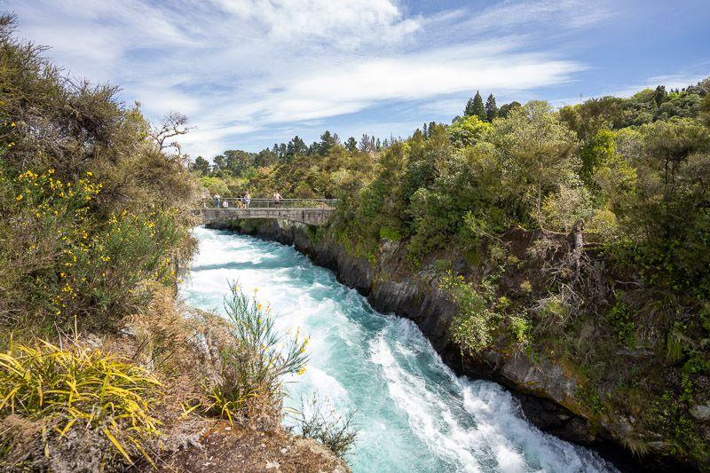 Etapa 18 por NZ entre Taupo y Rotorua: Huka Falls