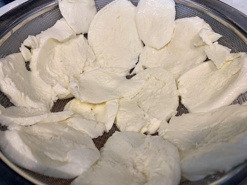 Receta de parmigiana: mozzarella en láminas
