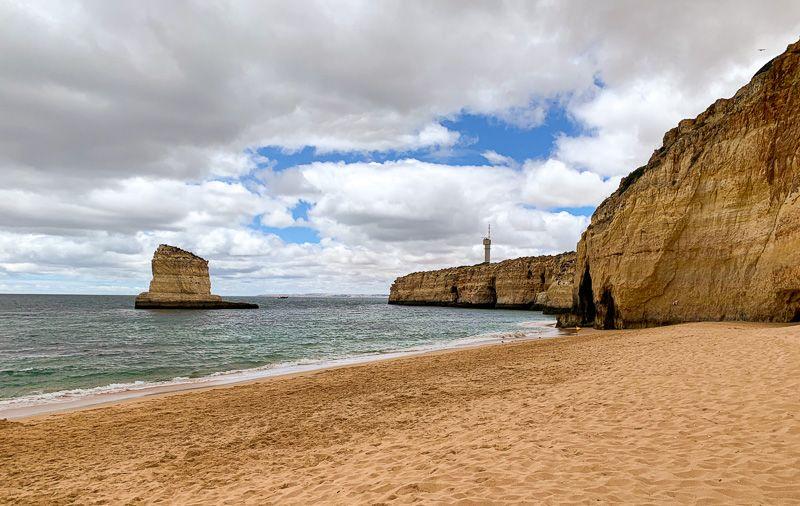 Viajar a Portugal en tiempos de COVID-19: playa en el Algarve