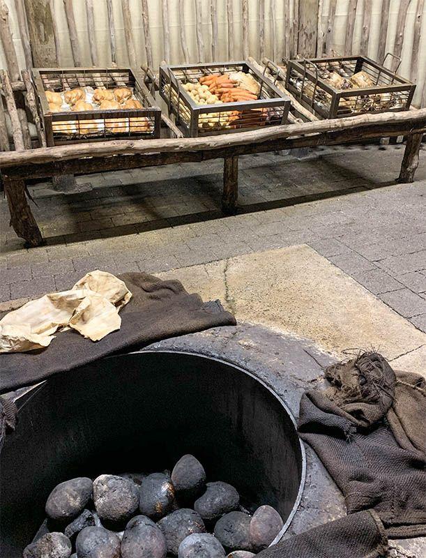 Visitar un poblado maorí en Nueva Zelanda: así es el horno en el que se cocina la cena