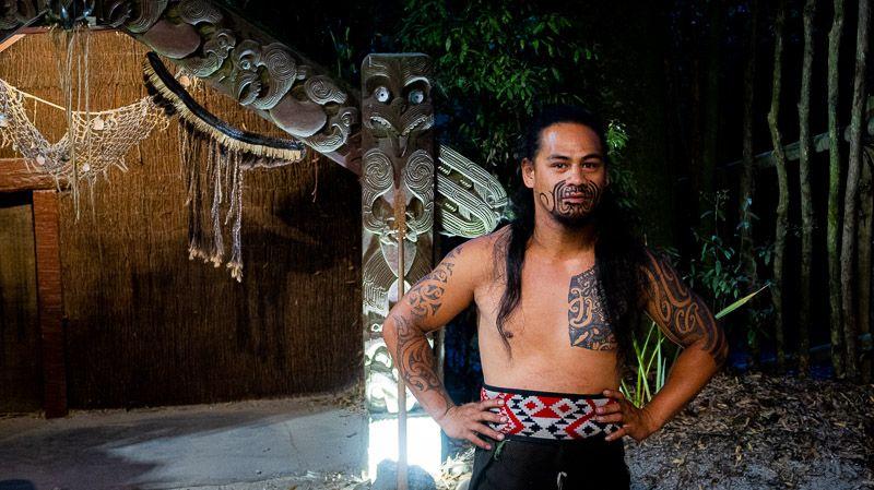Visitar un poblado maorí en Nueva Zelanda: conociendo un poco más sobre los maoríes en Tamaki Maori Village