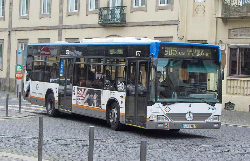 Cómo ir del aeropuerto de Oporto al centro de la ciudad: autobuses urbanos