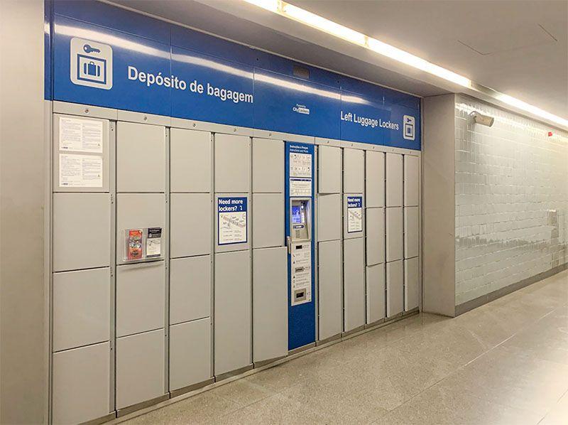Cómo ir del aeropuerto de Oporto al centro de la ciudad: taquillas en Trindade