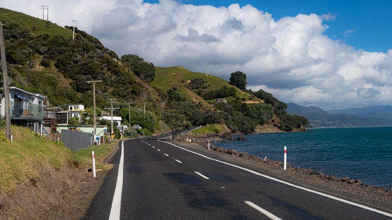 Etapa 20 por NZ en la península de Coromandel: carretera SH25