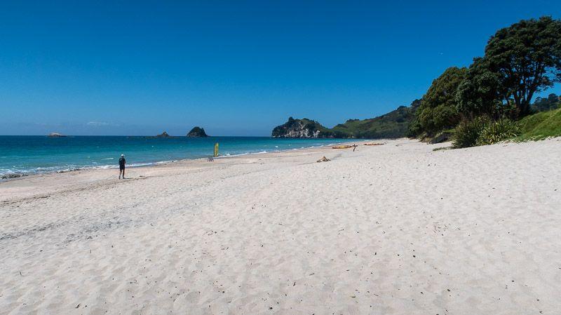 Etapa 20 por NZ en la península de Coromandel: Hahei Beach