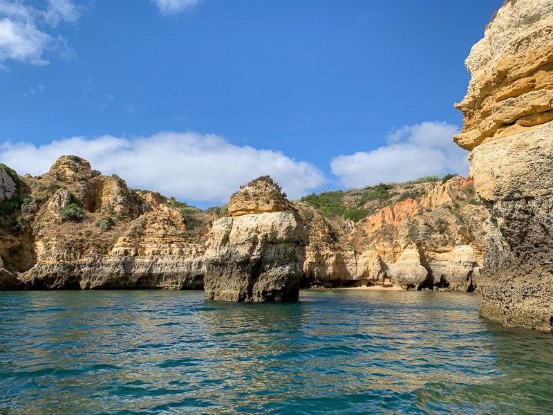 Paseo en barco por Ponta da Piedade: acantilados en Ponta da Piedade