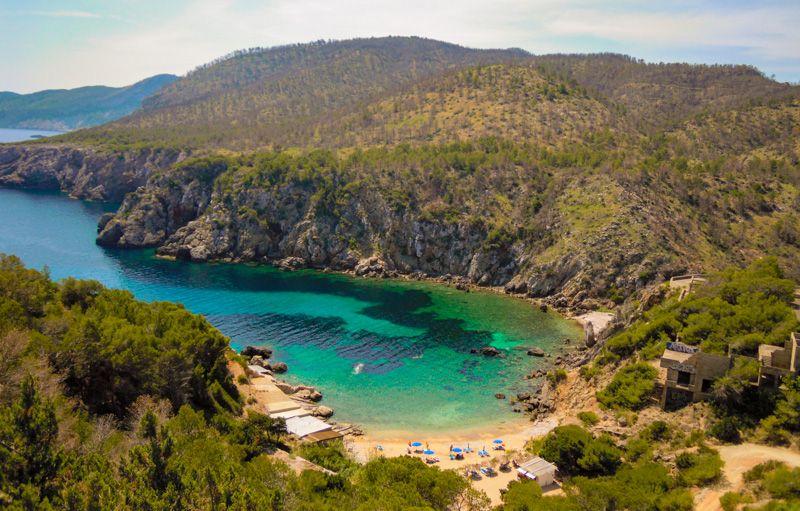 Qué ver en Ibiza: cala d'En Serra