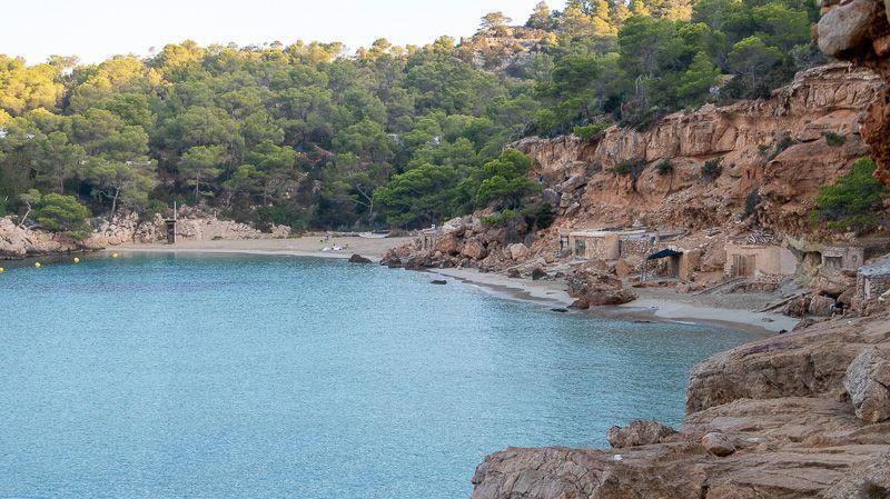 Qué ver en Ibiza: Cala Salada