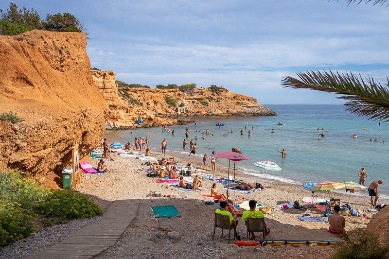 Qué ver en Ibiza: Sa Caleta