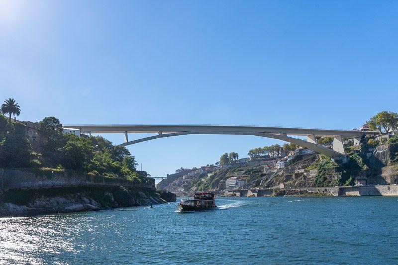 Crucero de los seis puentes por el Douro en Oporto: Ponte do Infante