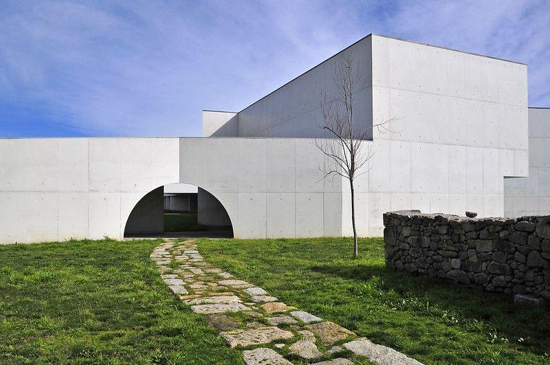 Qué ver en Chaves: Museo de Arte Contemporaneo Nadir Afonso