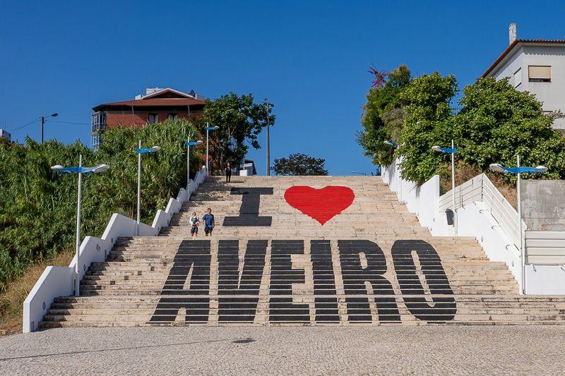 Qué ver en Aveiro: escaleras I love Aveiro