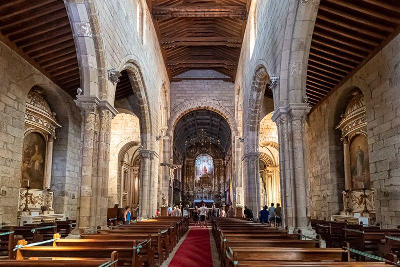 Qué ver en Guimaraes: igreja de Nossa Senhora de Oliveira