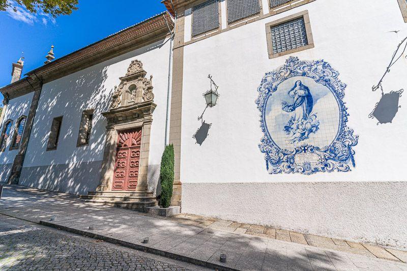 Qué ver en Guimaraes: igreja de Nossa Senhora do Carmo