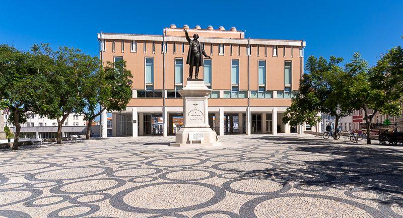 Qué ver en Aveiro: praça da República
