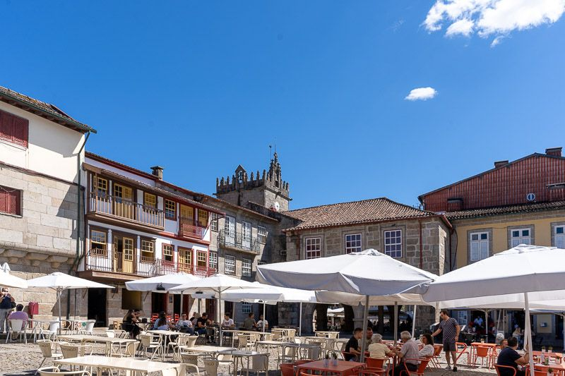 Qué ver en Guimaraes: praça de Sao Tiago