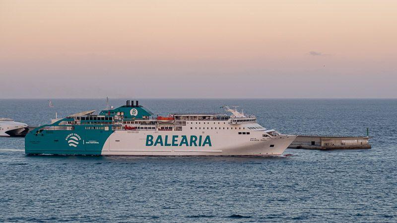 Cómo ir de Ibiza a Formentera BARATO y rápido (la mejor opción) - mejores playas y calas de Formentera