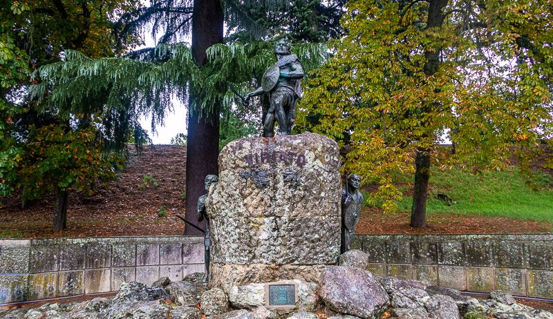 Qué ver en Viseu: estatua de Viriato