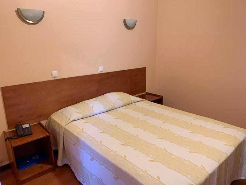 Dónde dormir en la primera etapa de la N2: Hotel Imperio - Dónde dormir en la ruta por la N2
