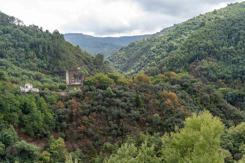 Etapa 3 de la ruta por la N2 entre Tondela y Serta: castillo de Lousa
