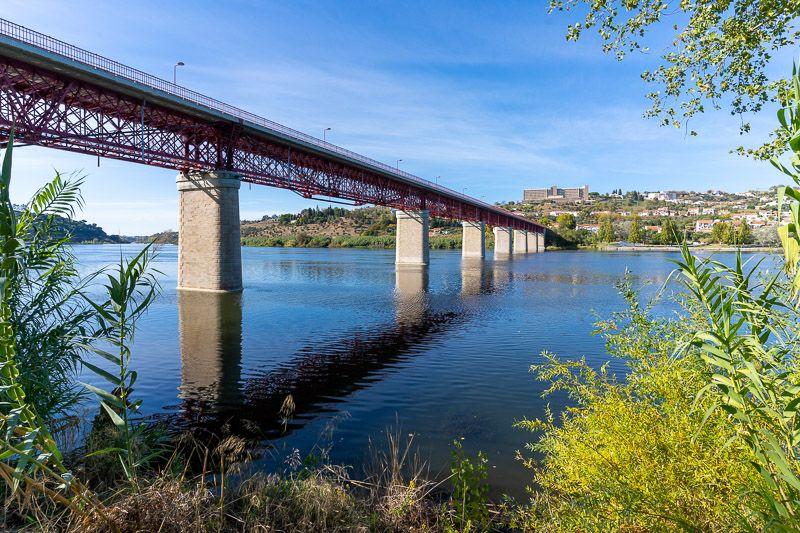 Etapa 4 de la ruta por la N2 entre Serta y Ferreira do Alentejo: puente sobre el Tajo en Abrantes