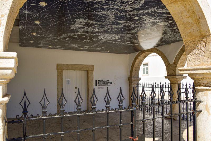 Qué ver en Lagos: Núcleo Museológico do Mercado de Escravos