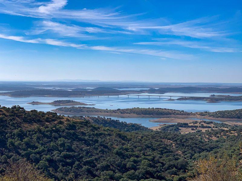 Qué ver en el lago Alqueva: vistas del lago