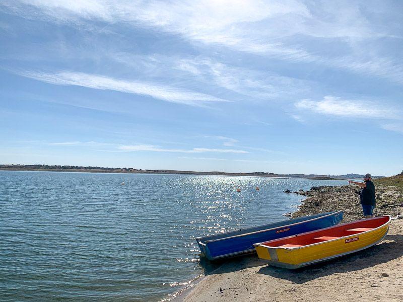 Qué ver en el lago Alqueva: praia fluvial de Monsaraz