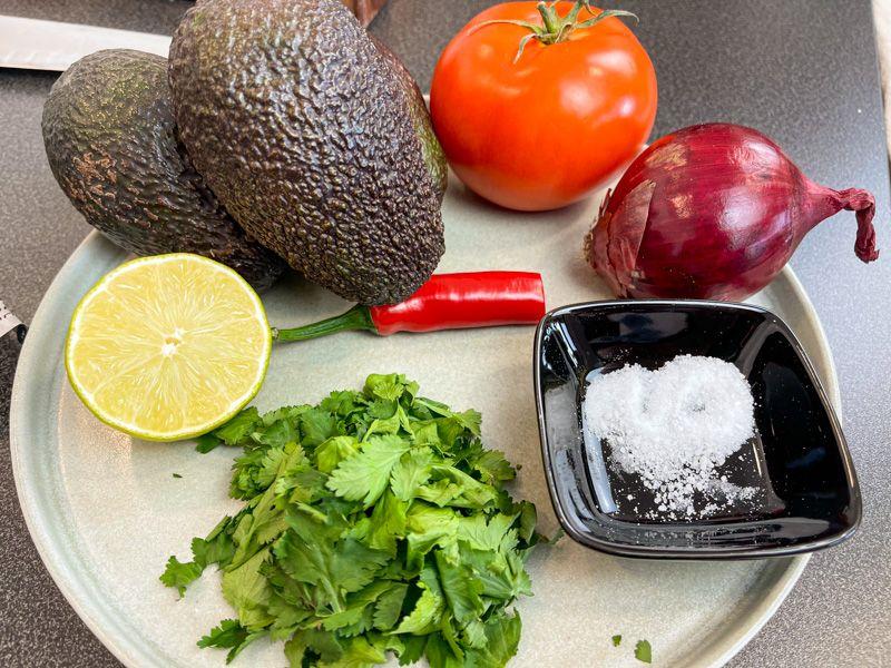 Receta de guacamole casero: ingredientes