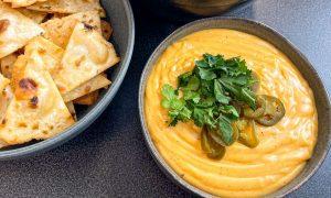 Receta de salsa de queso para nachos casera