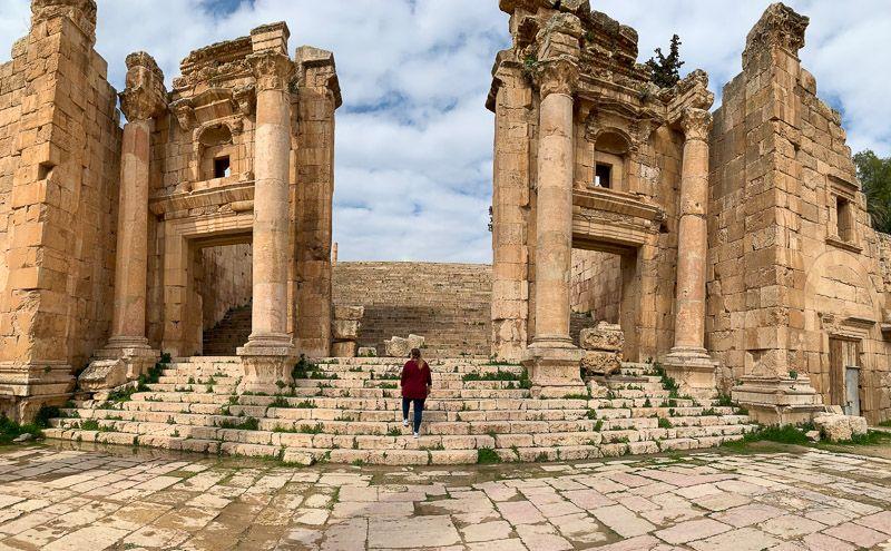 Visitar Jerash: Templo de Artemisa - ¿Cuánto cuesta un viaje a Jordania? Presupuesto para una semana