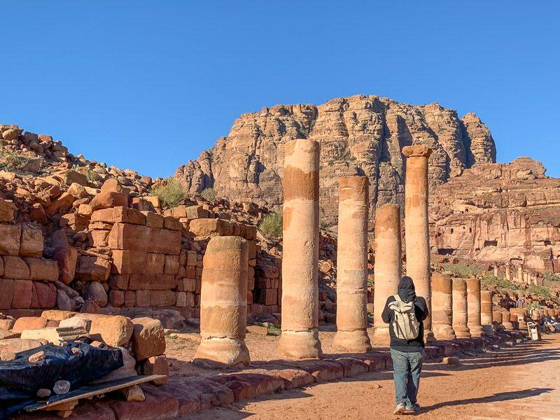 Qué ver en Petra: Calle Columnata - Cuánto cuesta un viaje a Jordania
