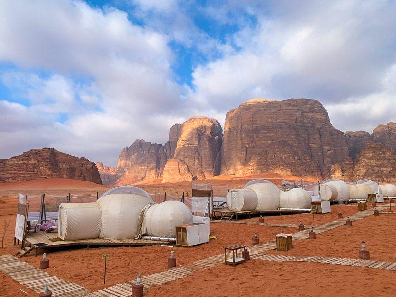Dormir en una burbuja en Wadi Rum: nuestro campamento en Wadi Rum