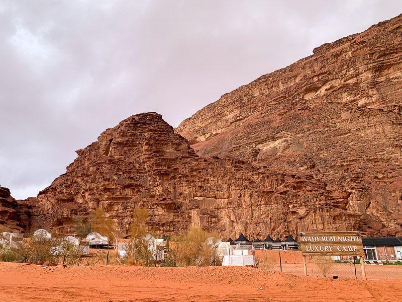 Dormir en una burbuja en Wadi Rum: nuestro campamento