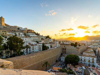 Qué ver en Ibiza ciudad (Eivissa) en un día [GUÍA + ITINERARIO + MAPA]