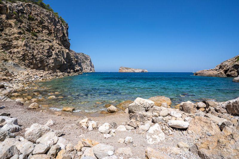 15 consejos para viajar a Ibiza: no viajes en temporada alta