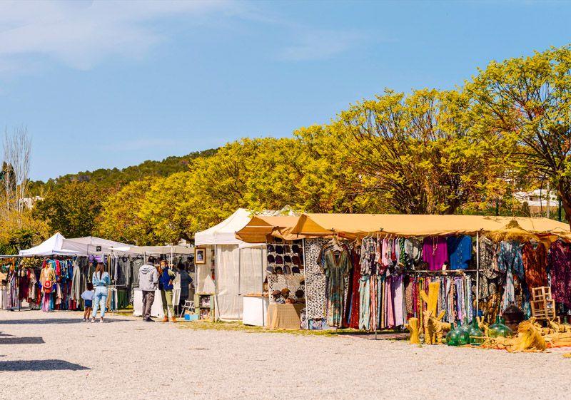 Mercadillos en Ibiza: Las Dalias