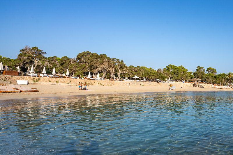 Las mejores playas y calas de Ibiza: Cala Bassa